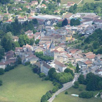 Jujurieux, village aux 13 châteaux